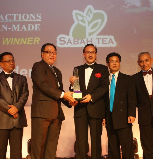 Sabah Tea Garden wins Award for Best Tourism Attraction
